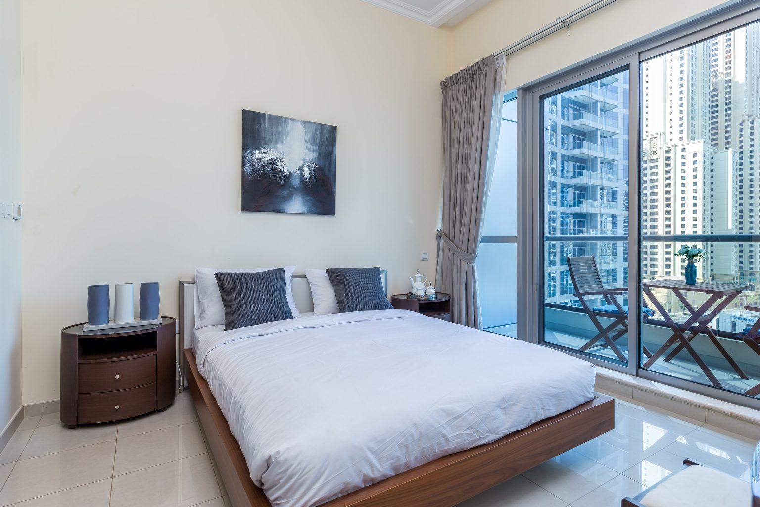 Cozy 1 Bedroom Apartment in Bay Central, Dubai Marina ...
